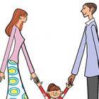 パパ、ママ、女の子、親子三人で手をつなぐイラスト